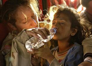272447-humanitarian-aid-939723_1280-pixabay